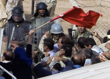 حمله به اشرف در 6 و 7  مرداد